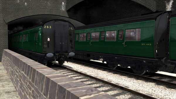 скриншот TS Marketplace: Maunsell 59ft Low Window Corridor Coach Pack BR Green 0