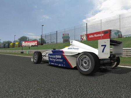 Скриншот из RACE 07