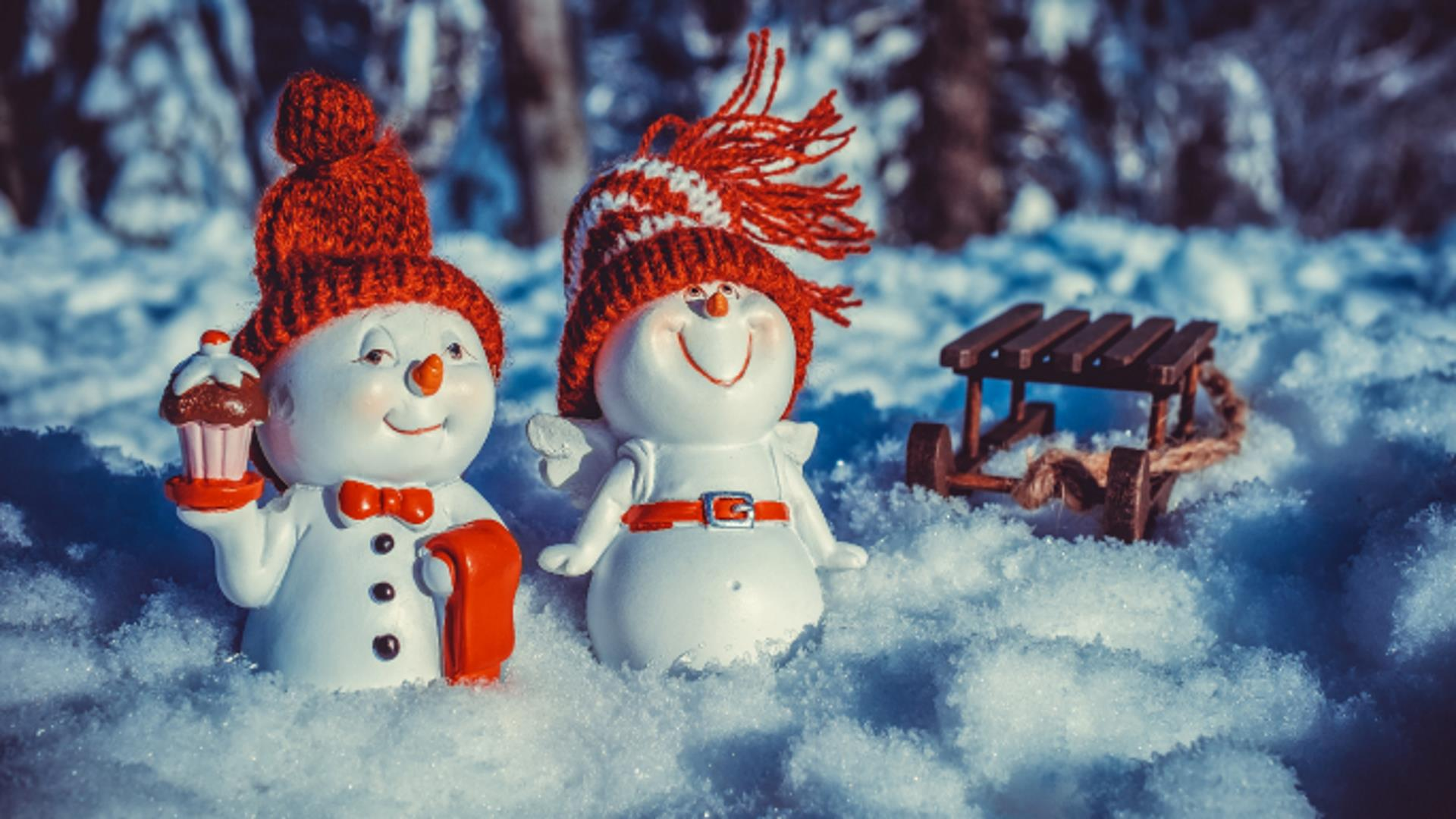 """2/"""" KITS FOR 10 to 200 SNOWMAN KIT MAKE YOUR OWN CHRISTMAS DESECRATION"""